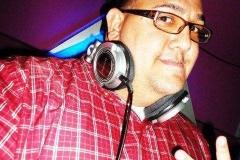 Francis-Benitez-DJ-Coach